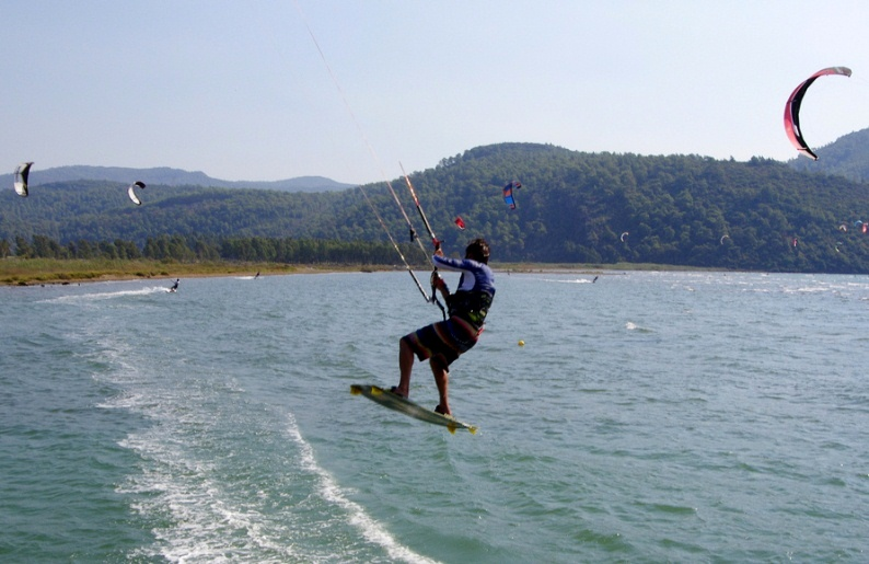 Kitesurfing in Turkey